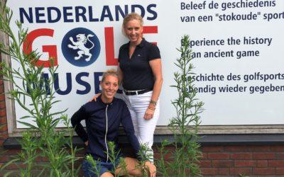 GolfchicksNL maken vlog over golfmuseum